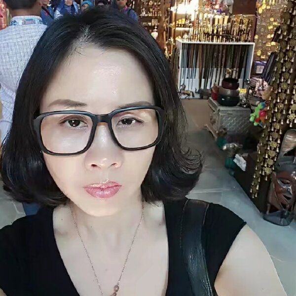 fengrongxiao News Feed Photos