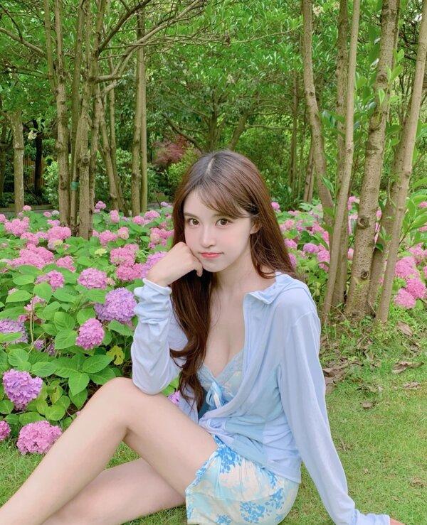 liyingao News Feed Photos