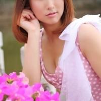 liangyimei News Feed Photos